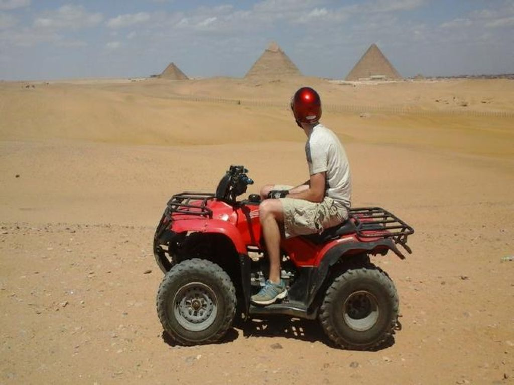 Quad Bike Desert Safari around Giza Pyramids