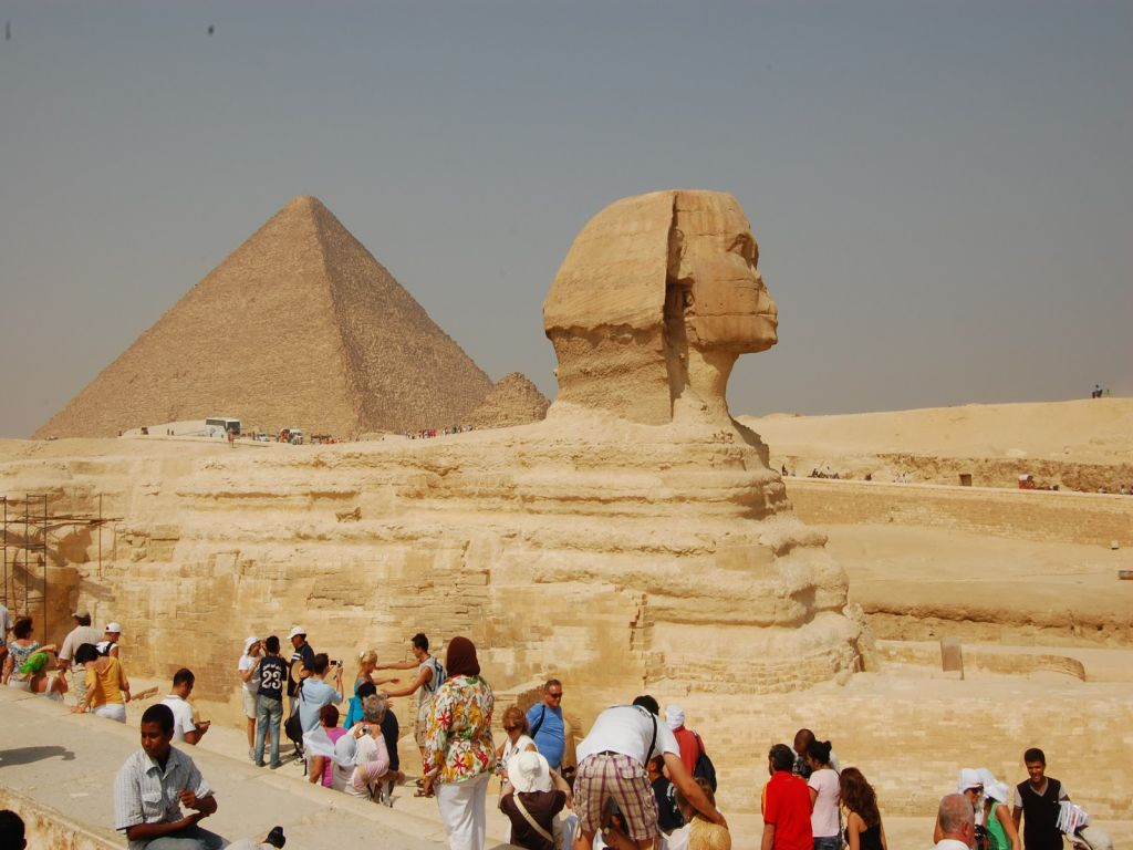 Day Trip to Giza Pyramids & Sphinx Cairo