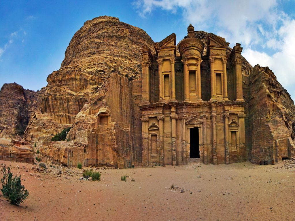 Tour from Taba to Petra by boat
