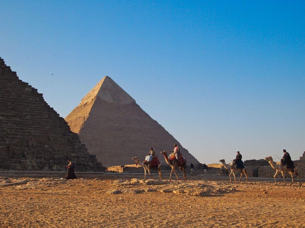 Giza Pyramids, Nile Cruise & Oasis