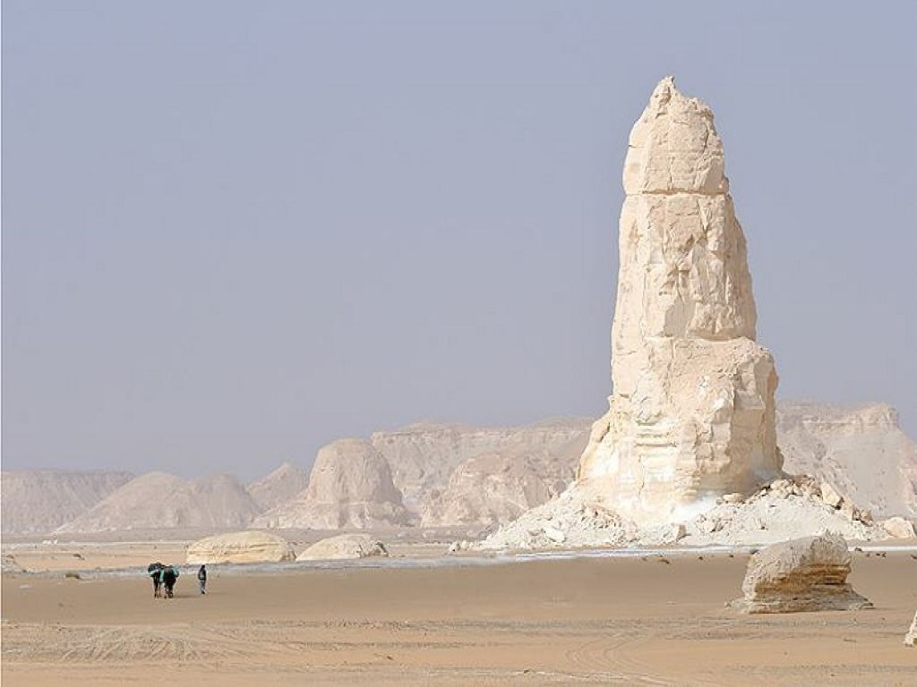 Tour to Siwa, Bahariya & White Desert