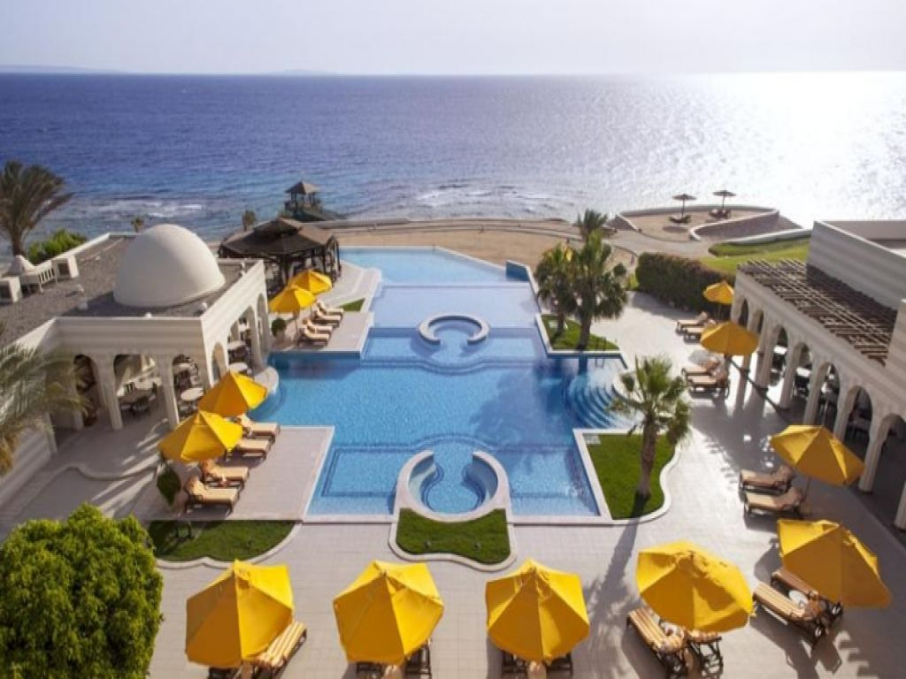 The Oberoi and Four Seasons Hotel Honeymoon Package Egypt