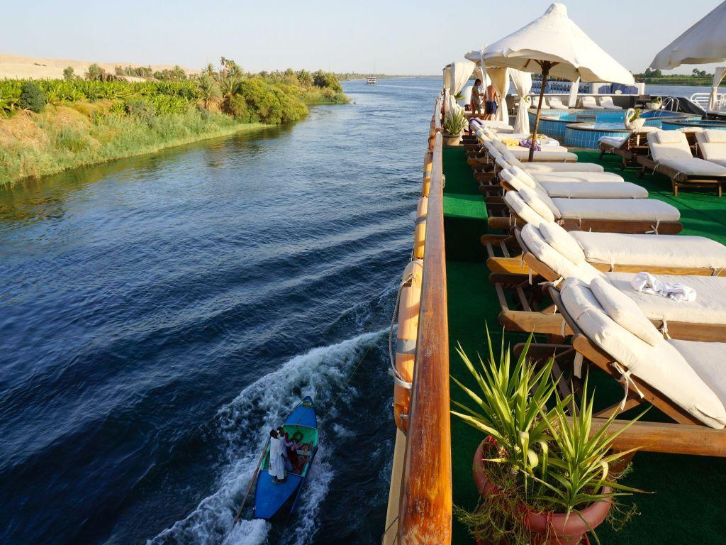 Cairo / nile cruise meditation tour