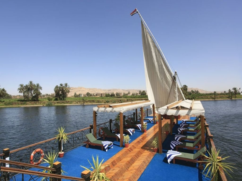 Merit Dahabeya Luxury Nile Cruise 8 Days