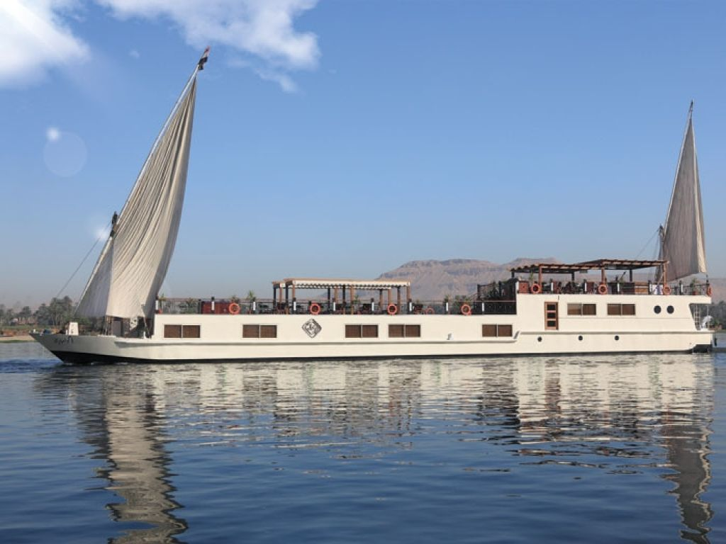 Merit Dahabeya Luxury Nile Cruise 5 Days