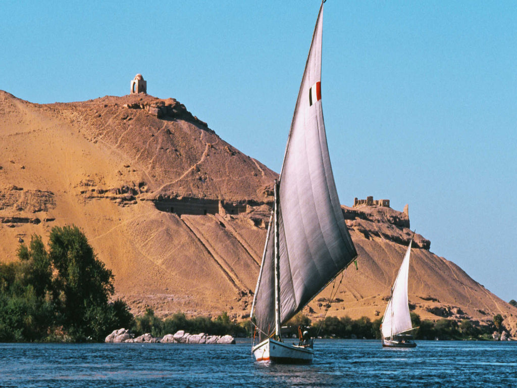 Cairo and Luxor and Aswan Nile Cruise by flight