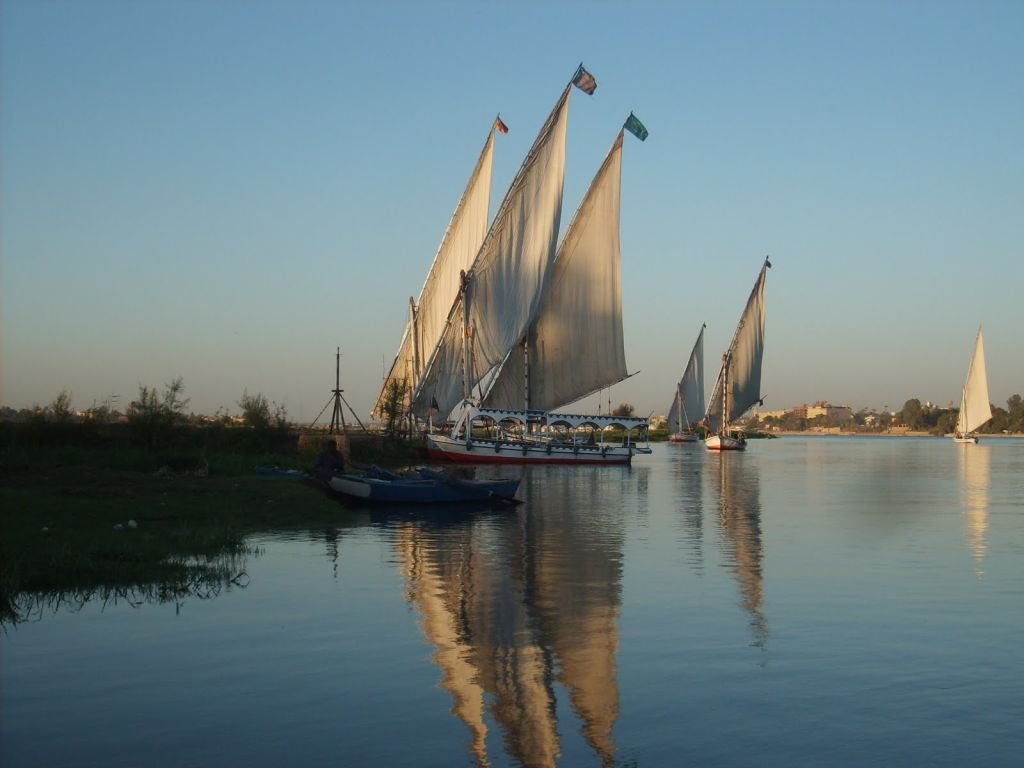 Sailing in a Felucca on the Nile from Luxor