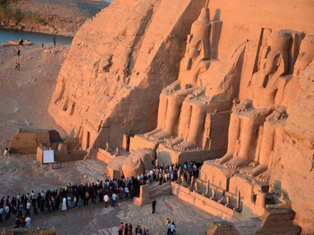 Cairo, Luxor & Aswan Nile Cruise by Air