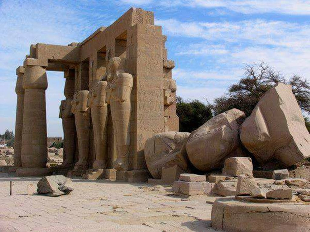 Luxor Private Full Day Tour: Valley of Kings & Queens - Hatchepsut Temple - Medinet Habu - Tombs of Nobles - Colossi of Memnon