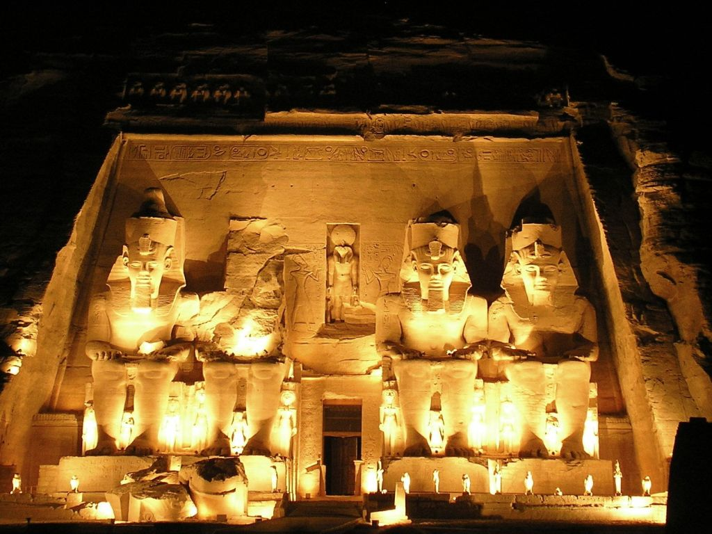 Day Tour to Abu Simbel with Group by road