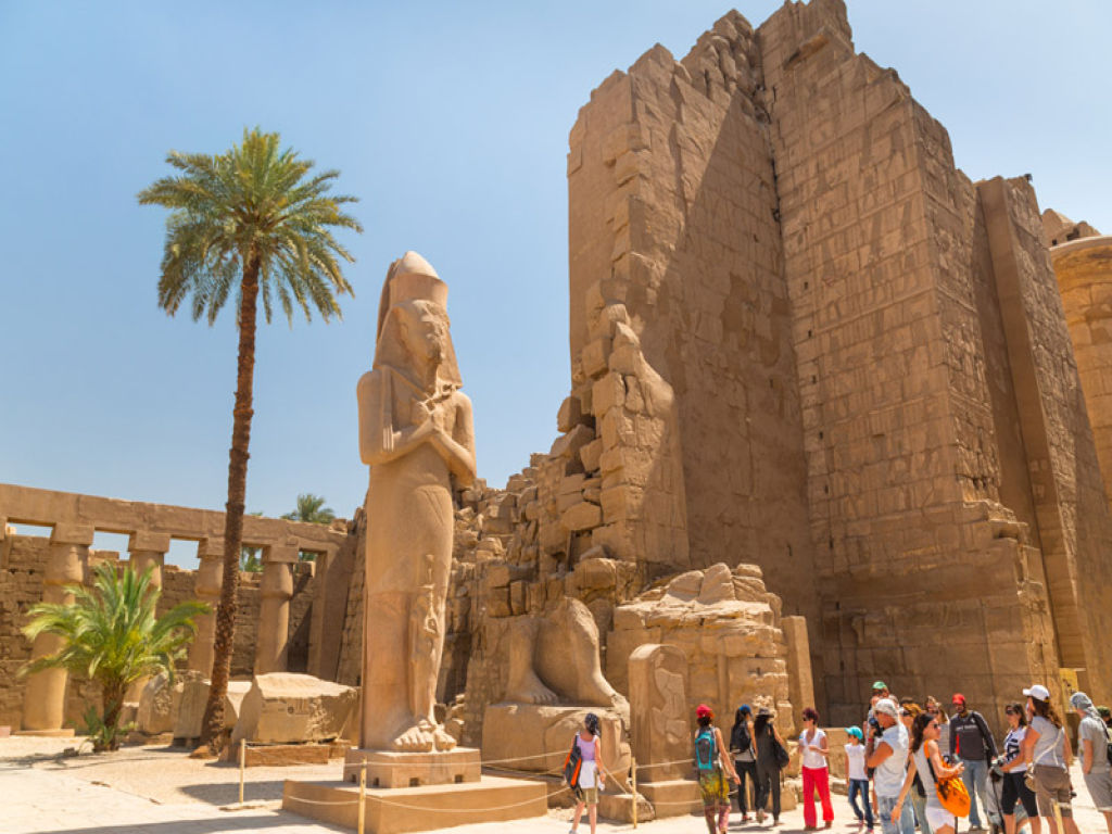 Pyramids and Luxor Aswan Nile Cruise by Train