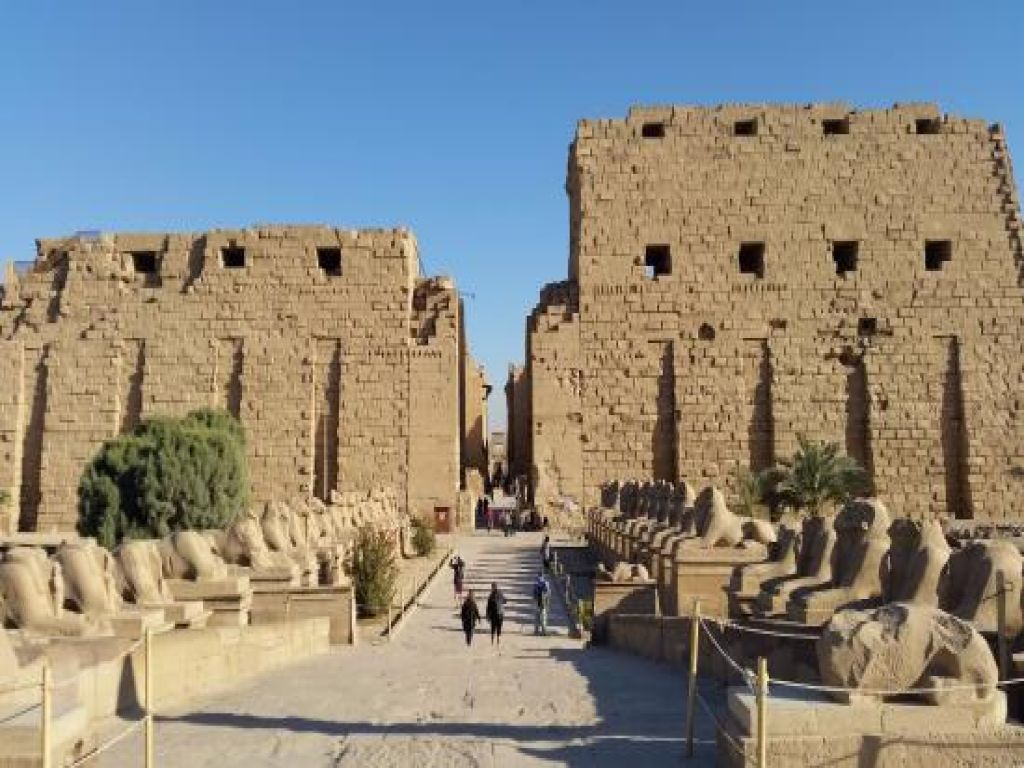 2 Days tour from Safaga Port to Luxor