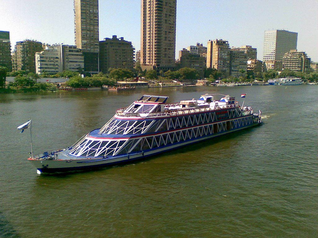 Pyramids and Lunch Cruise on the Nile in Cairo from Alexandria Port